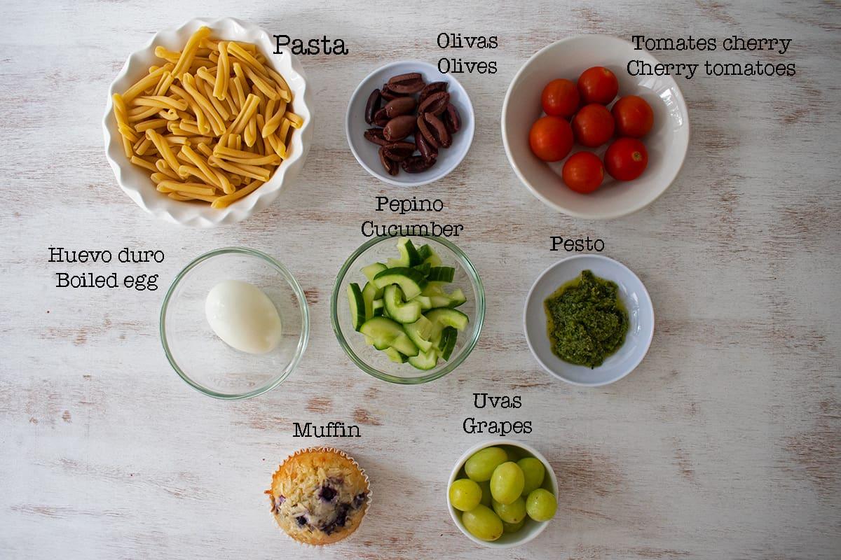 ingredientes para preparar ensalada de pasta pesto