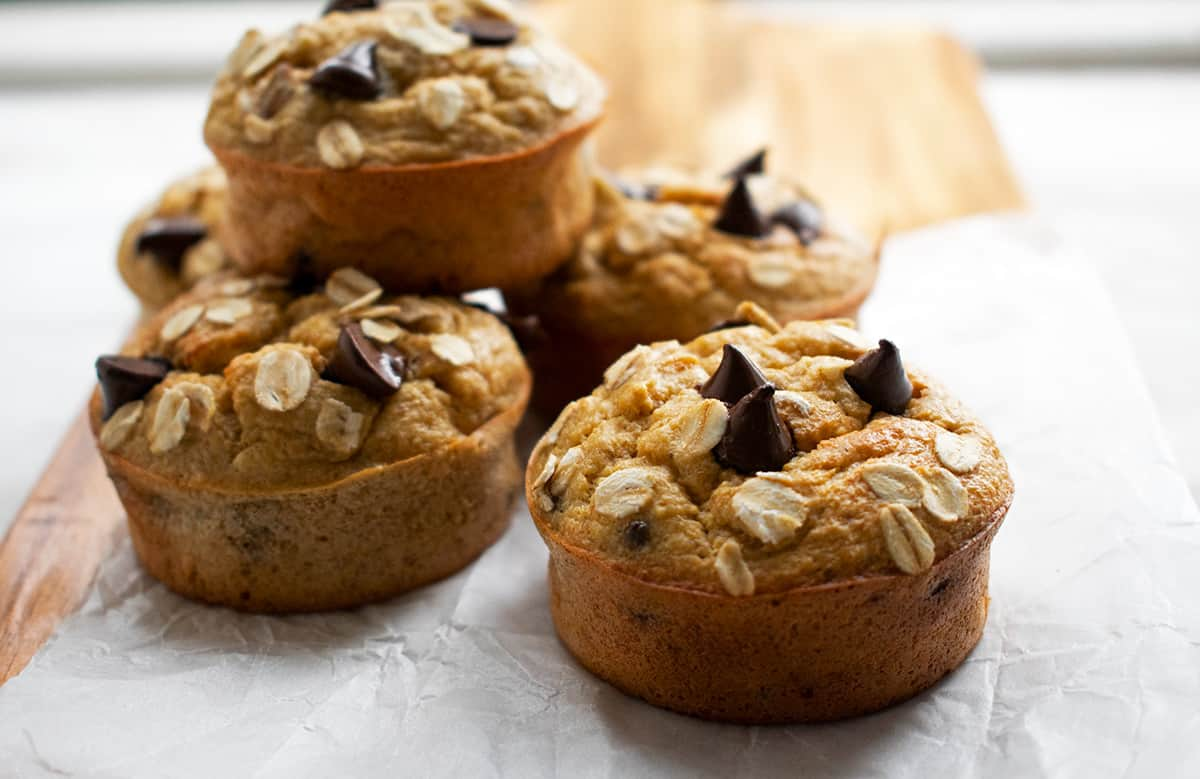 muffins de banana sin Azúcar sobre una mesa