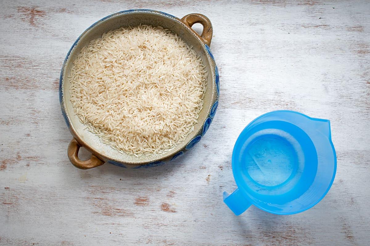 ingredientes para cocinar arroz