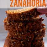 porciones de torta de zanahoria y nueces