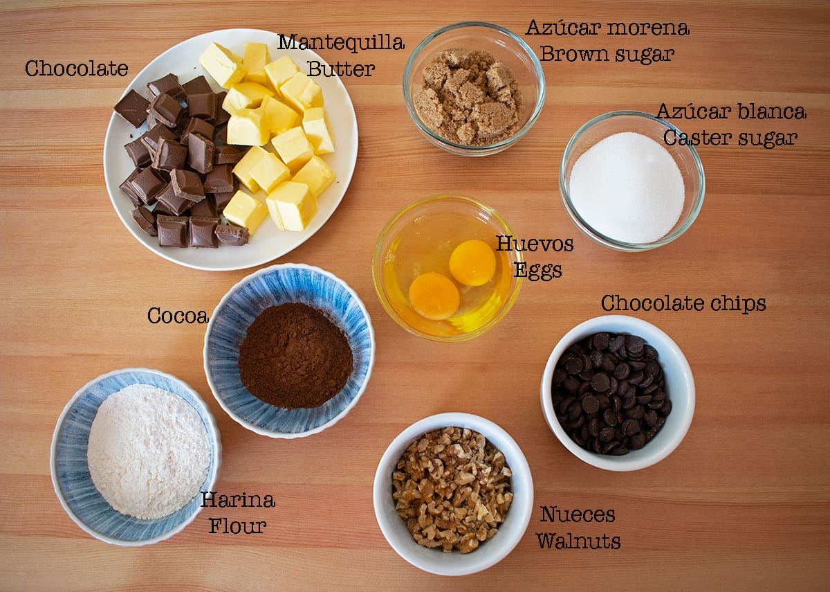 ingredientes para preparar brownie casero una receta fácil.
